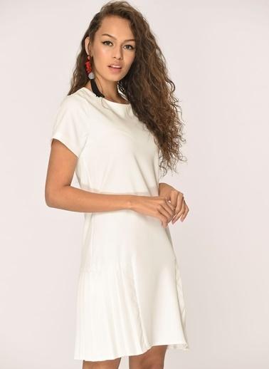 Loves You Kısa Kol Piliseli Elbise Beyaz